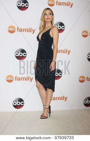LOS ANGELES - AUG 4:  Rebecca Rittenhouse at the ABC TCA Summer Press Tour 2015 Party at the Beverly Hilton Hotel on August 4, 2015 in Beverly Hills, CA