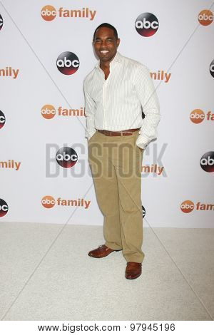 LOS ANGELES - AUG 4:  Jason George at the ABC TCA Summer Press Tour 2015 Party at the Beverly Hilton Hotel on August 4, 2015 in Beverly Hills, CA