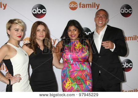 LOS ANGELES - AUG 4:  Jordan Hinson, Paige Spara, Punam Patel, Murray at the ABC TCA Summer Press Tour 2015 Party at the Beverly Hilton Hotel on August 4, 2015 in Beverly Hills, CA