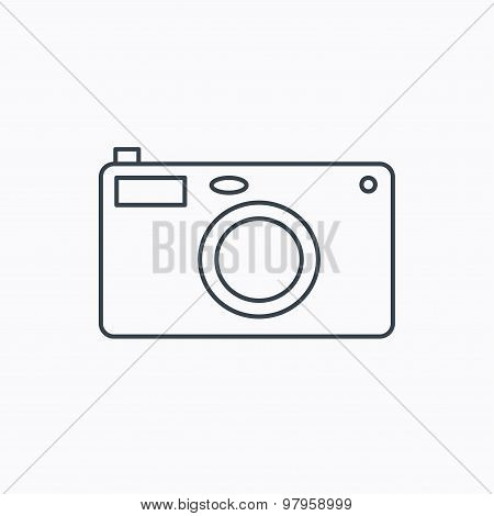 Photo camera icon. Photographer equipment sign.