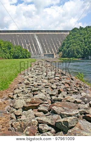 Fontana Dam (vertical)