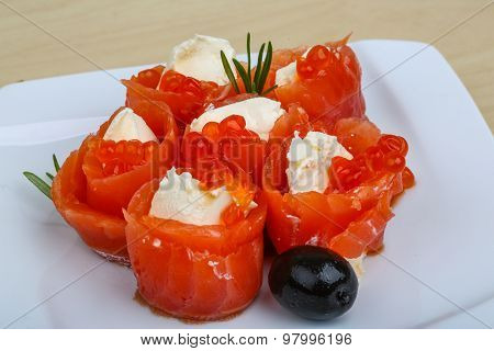Salmon And Cheese Roll