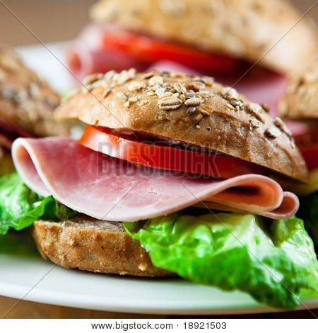 Sandwiches with ham and vegetables