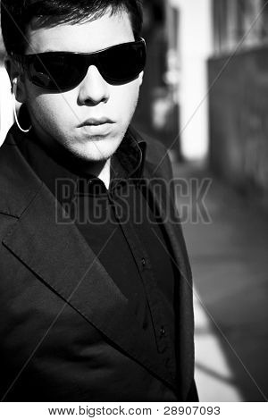 Young model performing security agent