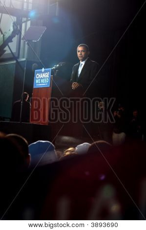 Presidental Candidate Barack Obama At Virginia Beach