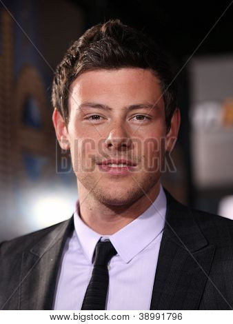 LOS ANGELES - AUG 06:  CORY MONTEITH arrives to the