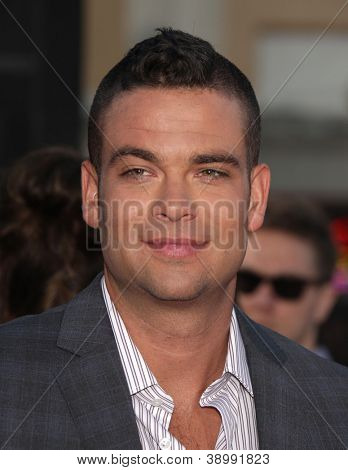 LOS ANGELES - AUG 06:  MARK SALLING arrives to the