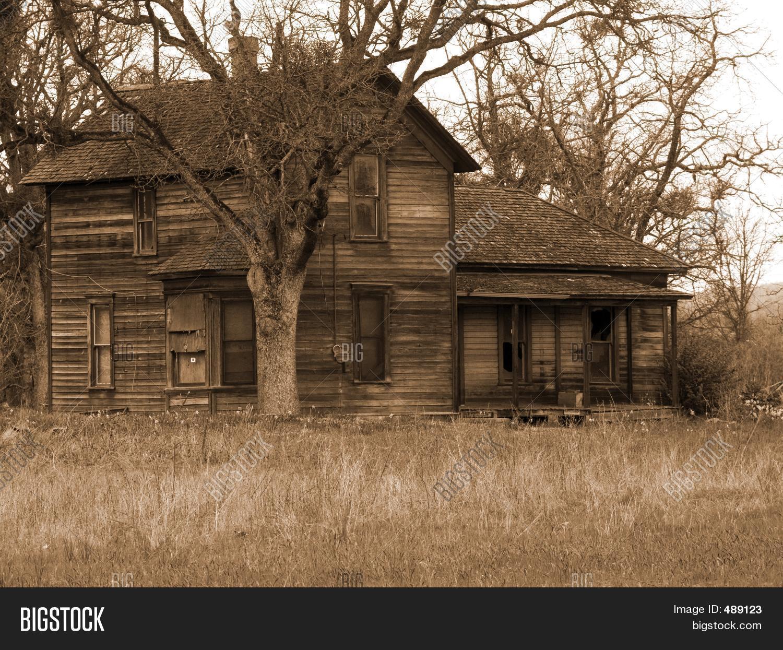 Antigua casa de campo sepia fotos stock e im genes stock - Fotos de casas antiguas ...