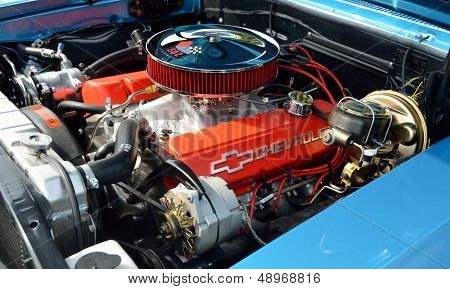 Customized Chevrolet Engine