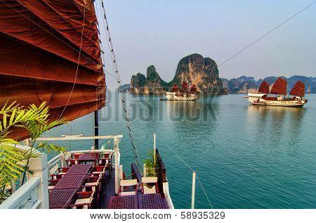 Halong bay (QuangNinh, Vietnam)