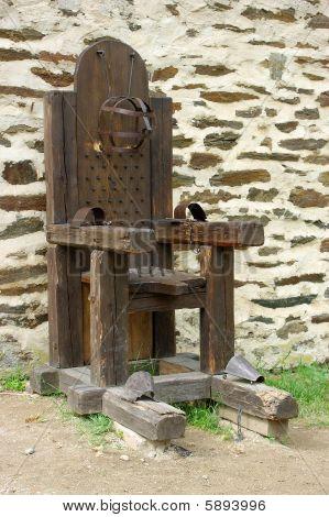 Medieval tortural.