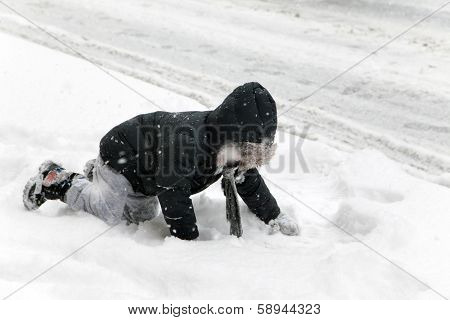 Child Falls During Snow Storm In New York