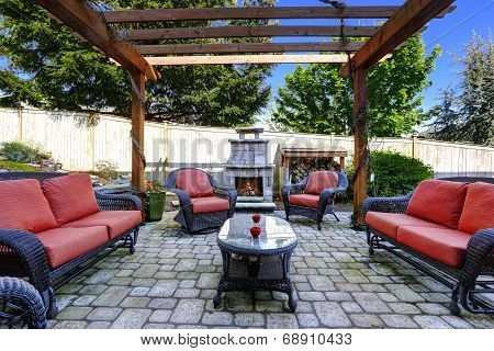 Home Garden With Patio Area And Fireplace