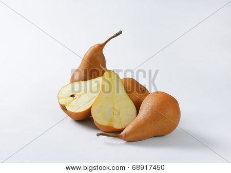 portion of ripe pears