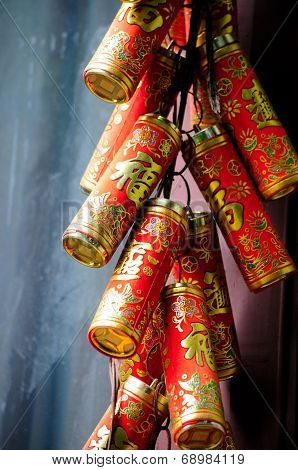 Hanging Chinese Firecrackers