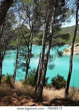 Kontiki lake