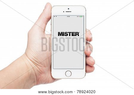 Photo of a hand using Mister app on iphone 5S
