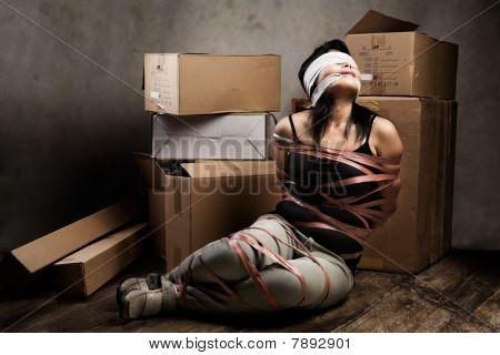 девушка связанная фото
