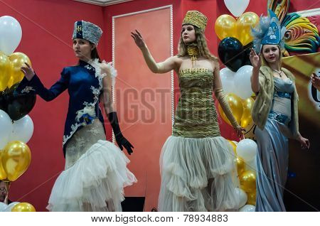 Girls On The Catwalk Dressed In Stylized Costumes Traditionally 19 Century