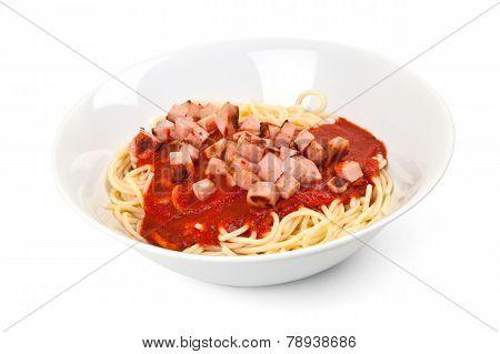 Spaghetti, tomato sauce and sausage