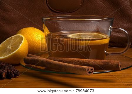 Black tea with lemon and cinnamon