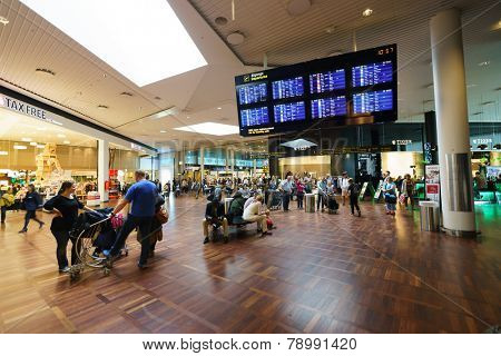 COPENHAGEN  - SEP 20: Copenhagen Airport interior on September 20, 2014 in Copenhagen, Denmark. Copenhagen Airport is the main international airport serving Copenhagen