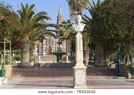 Bust of Cristobal Colon in Arica, Chile.