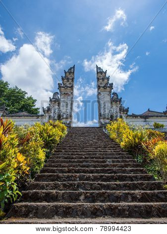 pura besakih, the biggest temple in bali, indonesia