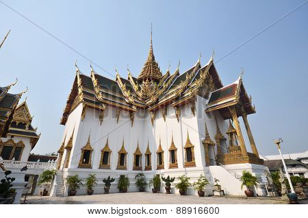 Phra Thinang Dusit Maha Prasat located in Grand Palace, Bangkok