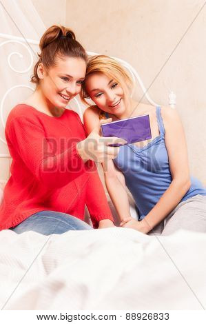 Girls Doing Themselves Photo In A Bedroom