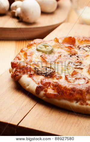 Pizza with cheese and ham