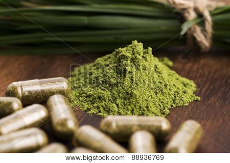 Young Barley Grass. Detox Superfood.