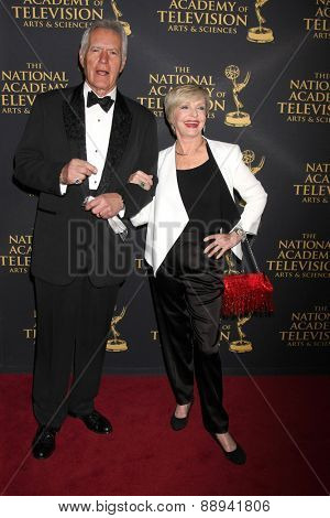 LOS ANGELES - FEB 24:  Alex Trebek, Florence Henderson at the Daytime Emmy Creative Arts Awards 2015 at the Universal Hilton Hotel on April 24, 2015 in Los Angeles, CA