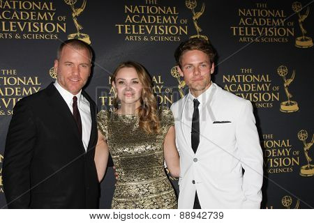 LOS ANGELES - FEB 24:  Sean Carrigan, Hunter King, Lachlan Buchanan at the Daytime Emmy Creative Arts Awards 2015 at the Universal Hilton Hotel on April 24, 2015 in Los Angeles, CA