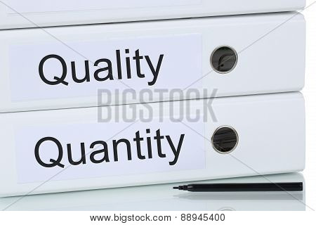 With Quality And Quantity To Success Business Concept