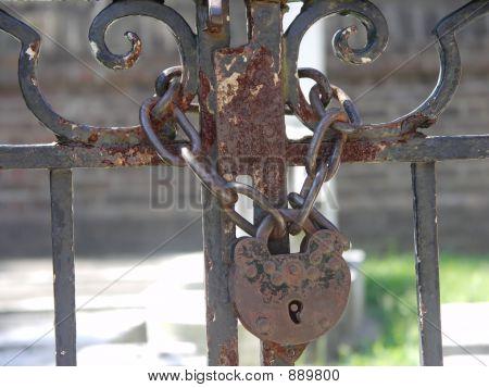 Lock On Cemetary