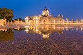 foto of royal palace  - The Ananta Samakhom Throne Hall  - JPG