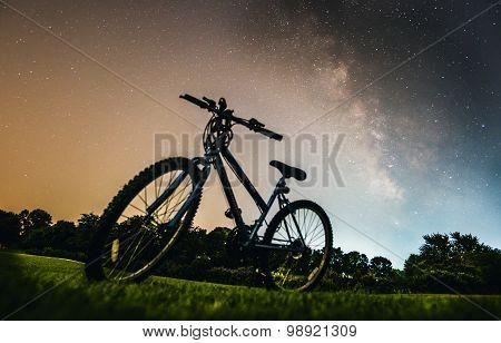 Biking far away from the city and light pollution for stargazing