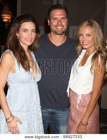 LOS ANGELES - AUG 15:  Amelia Heinle, Joshua Morrow, Melissa Ordway at the