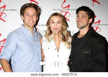 LOS ANGELES - AUG 15:  Lachlan Buchanan, Hunter King, Robert Adamson at the