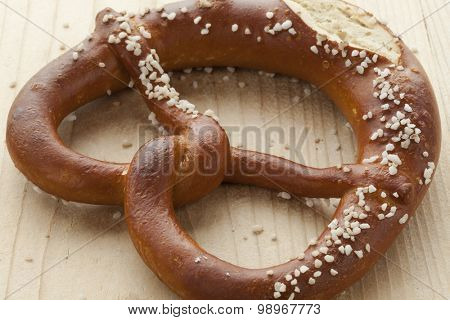 Single Fresh soft pretzel with salt