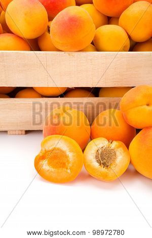 Macro Of Fresh Peaches (prunus Persica) In Wooden Crate