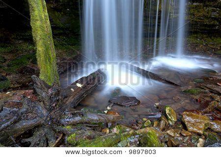 Splash from Fern Falls.