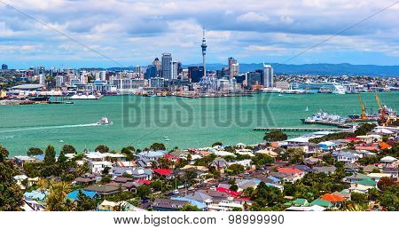 Panoramic aerial view of the Auckland city downtown from the Borough of Devonport peak