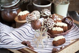picture of cake pop  - Homemade chocolate cake pops  - JPG