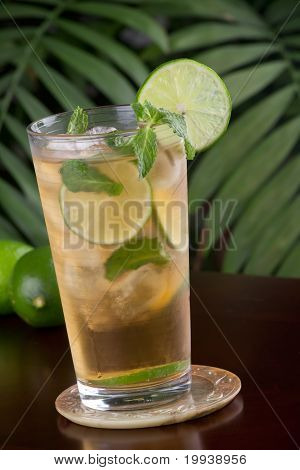 Lime And Mint Iced Tea