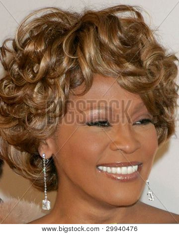 LOS ANGELES - FEB 10:  Whitney Houston arrives at the Clive Davis Annual Pre-Grammy Party at Beverly Hilton Hotel on February 10, 2007 in Beverly Hills, CA