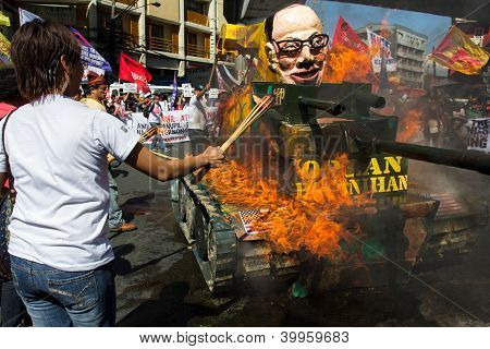 Militant anti-government protest in Manila