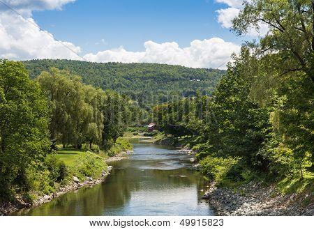 Ottauquechee River