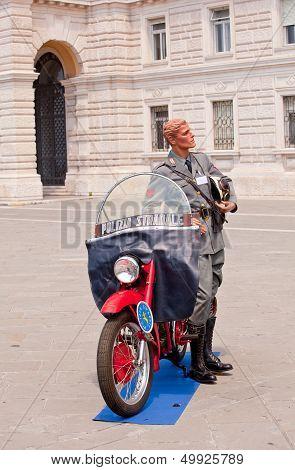 Dummy Policeman